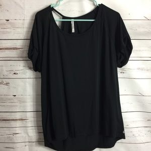 FABLETICS SHIRT WITH SIDE CUTOUT